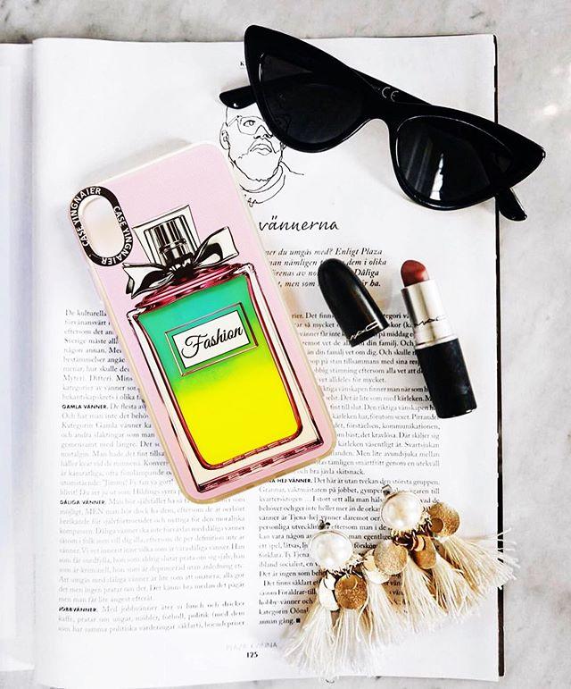 Кейс Glowing Perfume с неонови частици за iPhone 7 / 8 / SE
